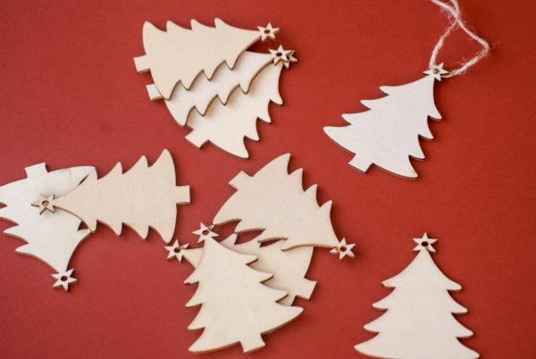 Adorno colgante árbol Navidad en chapa de madera natural