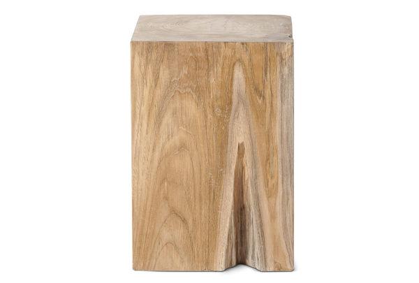 Taburete realizado en madera de teca reciclada por artesanos